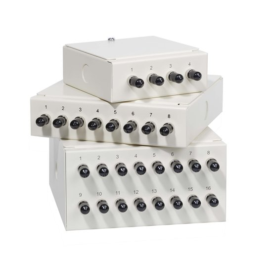 16WAY ST WALL MOUNTED PATCH BOX LOADED WITH 12 SM ADAPTORS